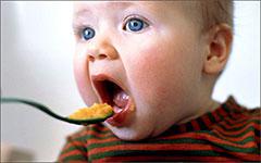 Начало прикорма грудных детей